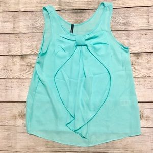 Tops - Mint Sleeveless blouse with bow in front